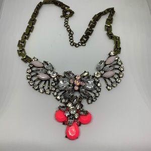 Stella & Dot statement bib necklace pink